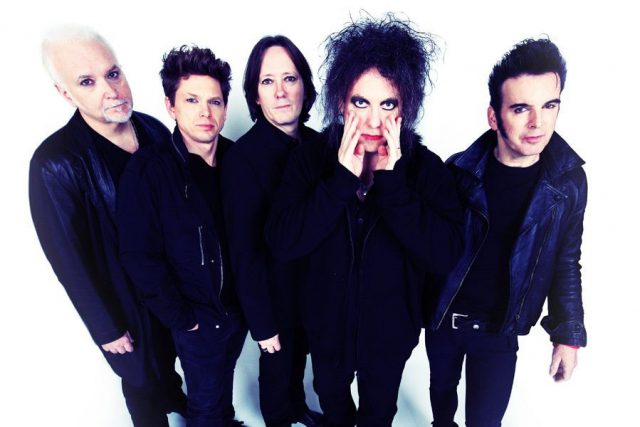news-1015-thecure-900x600