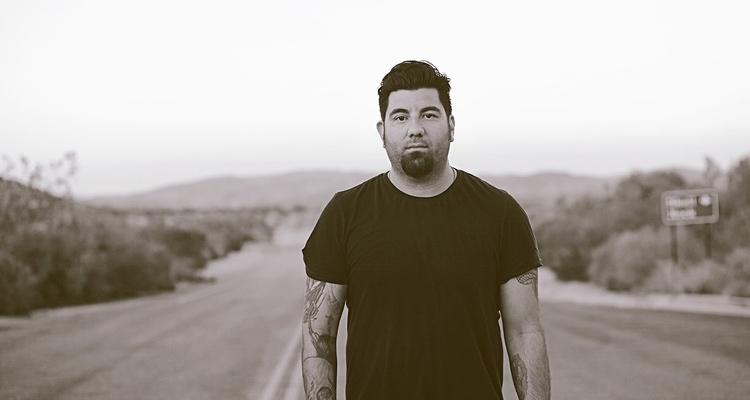 Chino Moreno revela los secretos del nuevo disco de Deftones