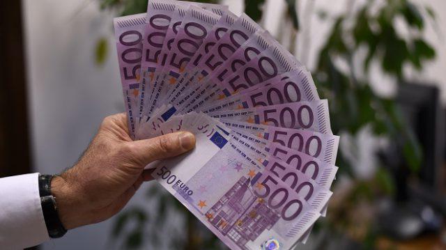 Italia regalará 500 euros a los jóvenes para gastar en cultura ...