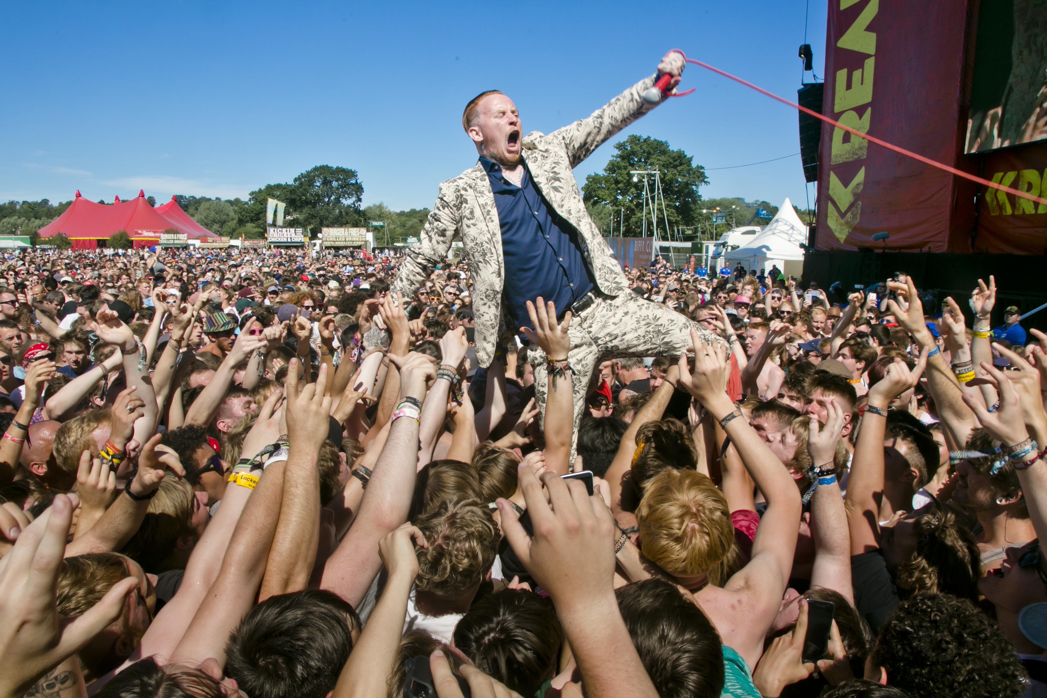 Frank_Carter_Reading_Festival_UK_Matias_Altbach