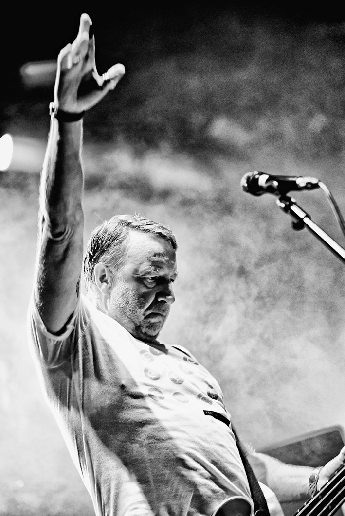 Peter Hook: «Odio pensar que New Order sigue tocando sin mí»