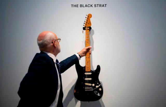 Gilmour vendió la guitarra de