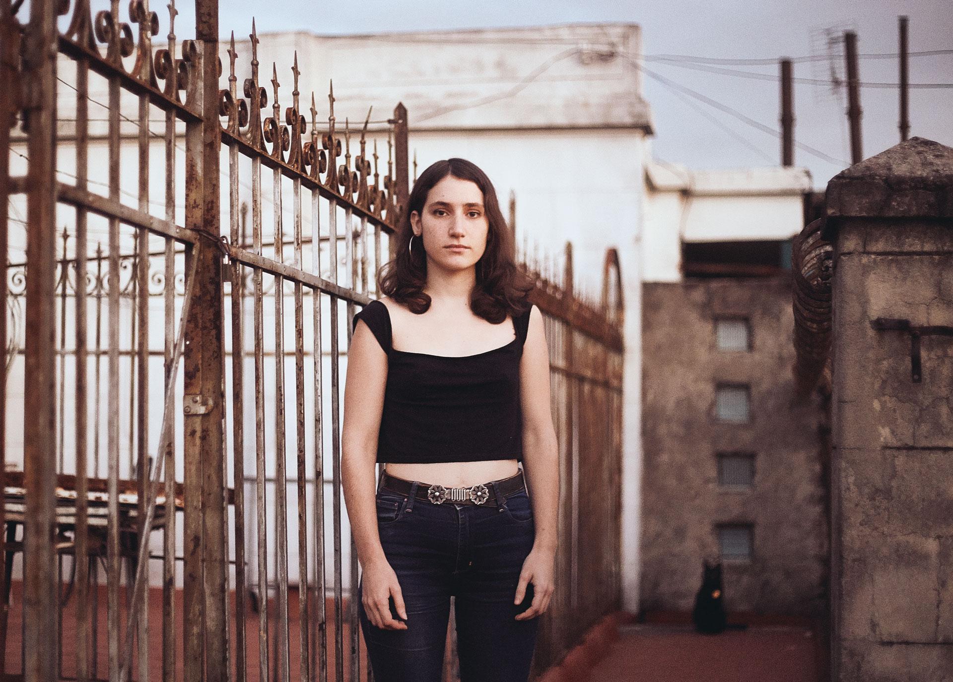 Eugenia Sasso: Guitarra y voz al frente