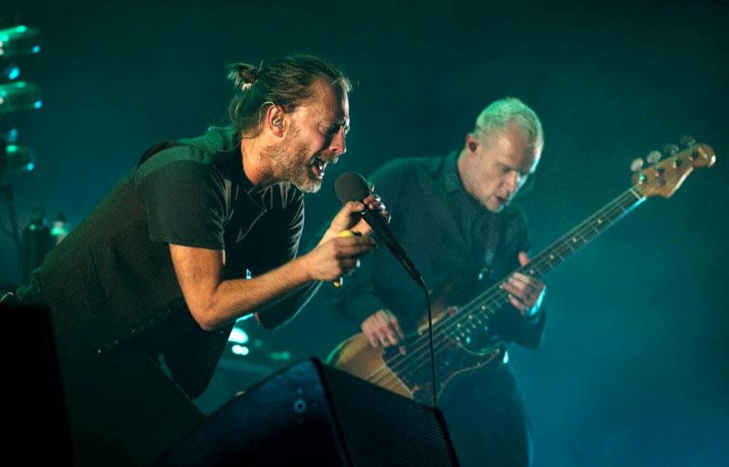 Escucha acá la nueva canción entre Thom Yorke y Flea — Daily Battles