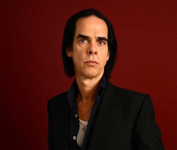 Nick Cave aconseja a una fan cómo sobrellevar el asesinato de su madre