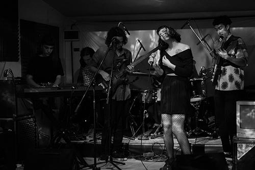 Hilos + Lisboa + Santos Vega + Ibi Campos en Rojo Bar