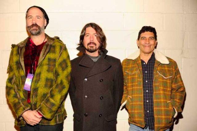 Miembros de Nirvana se reúnen para concierto a beneficio
