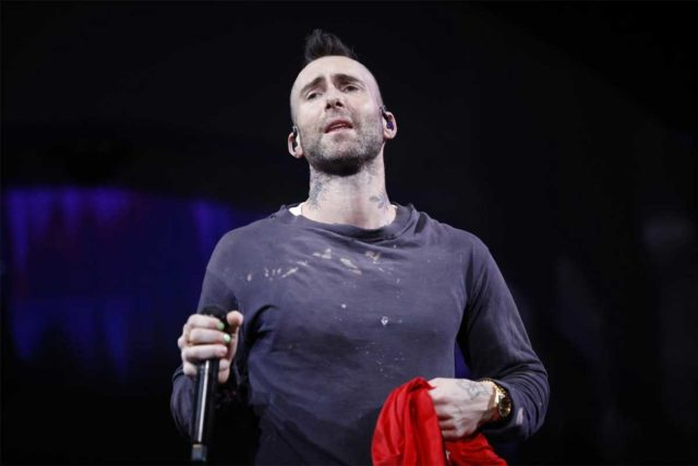 Maroon 5 genera una ola de críticas por su show en Viña del Mar