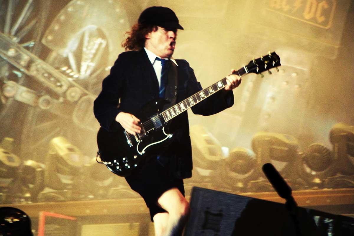 Angus Young de AC/DC