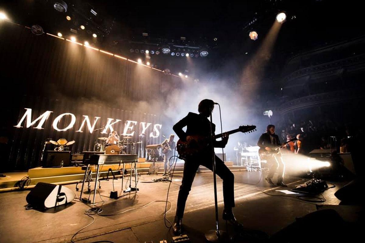 Arctic Monkeys en el Royal Albert Hall de Londres