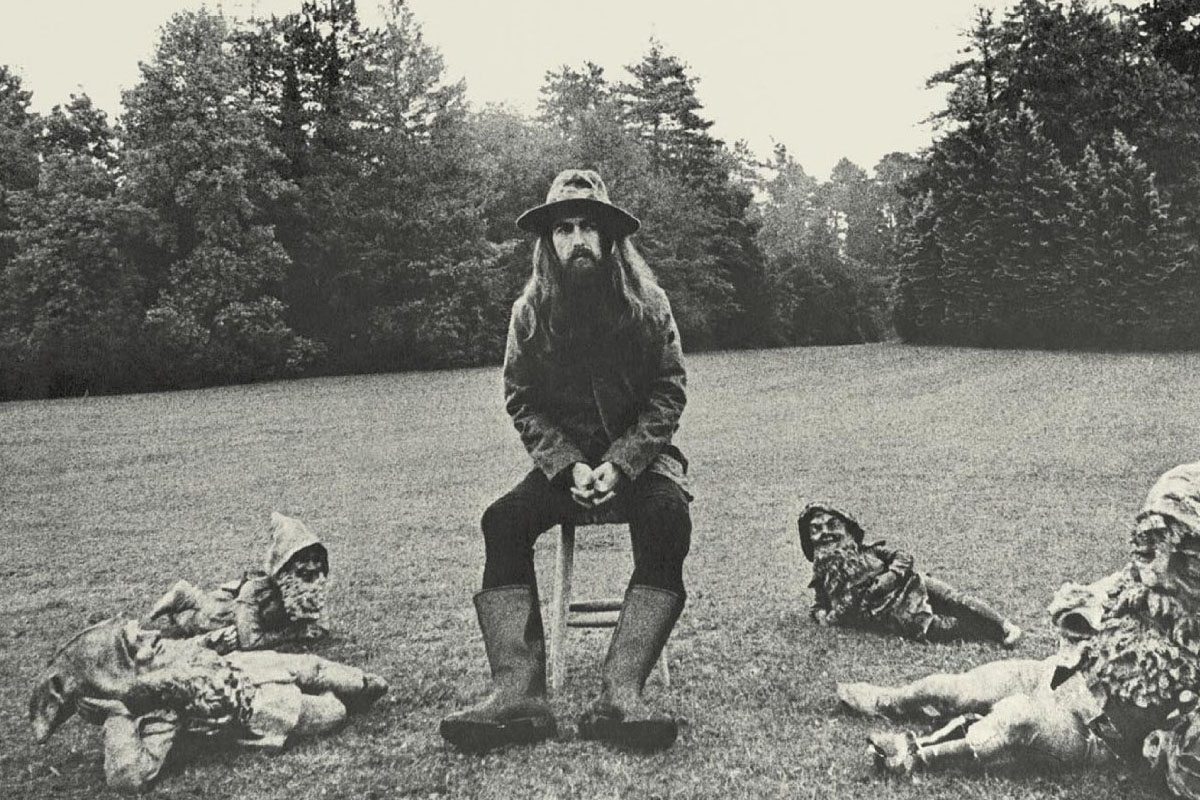 "Foto de la portada de ""All Things Must Pass"", disco de George Harrison"
