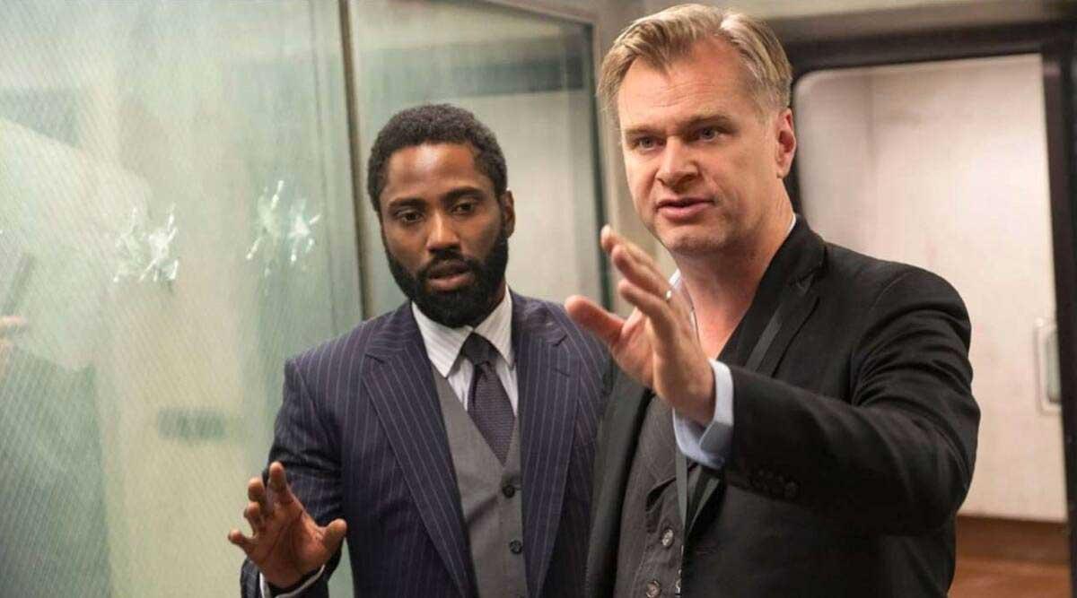 Christopher Nolan y John David Washington en el set de Tenet