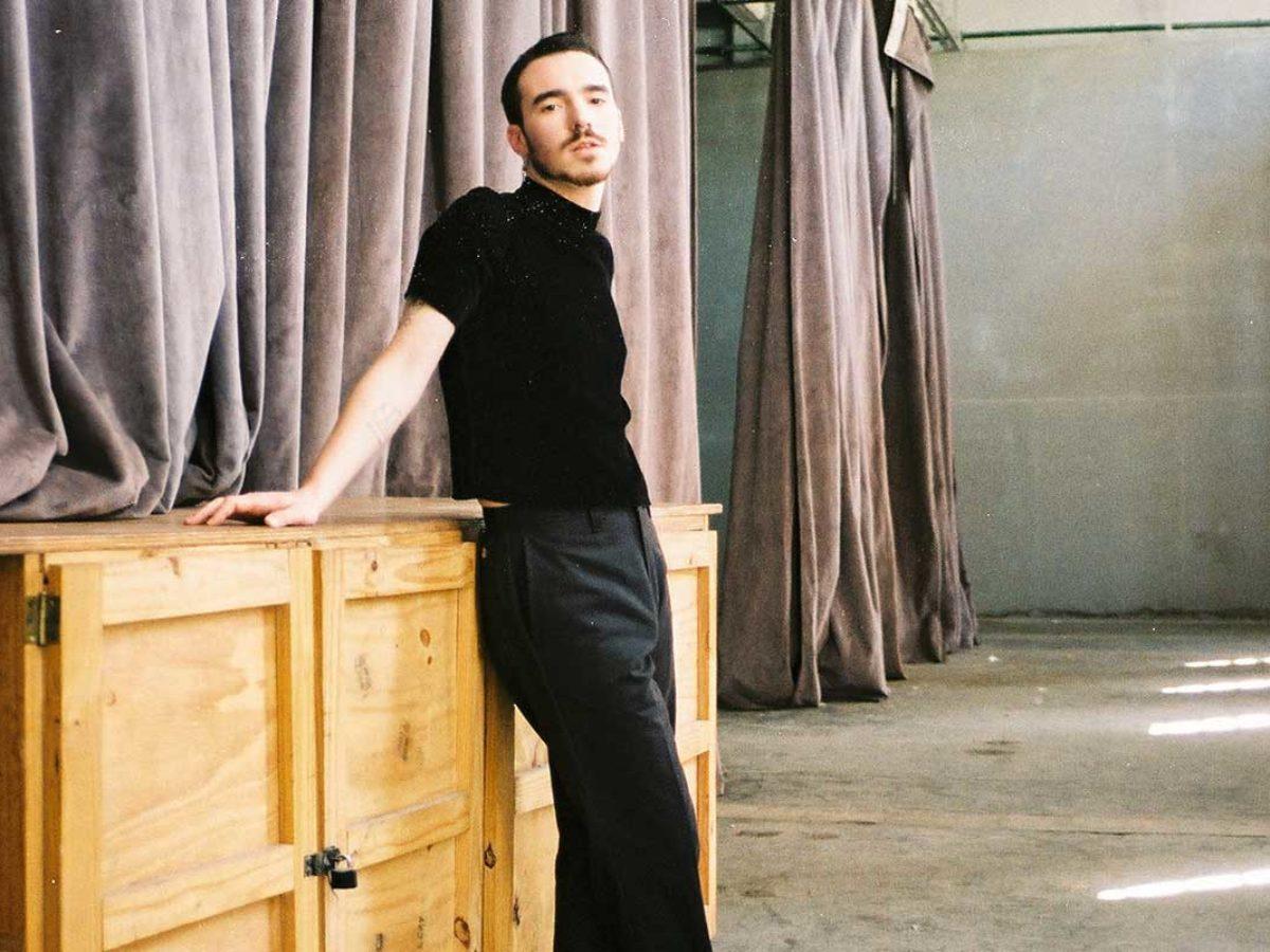 Juku Ares de Nidos presenta su proyecto solista con estas dos canciones