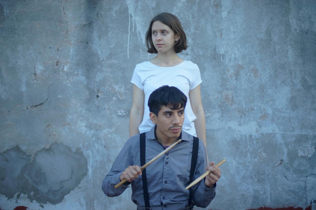 Tani y Rodrigo Armando presentan un surrealista cover de Cate Le Bon