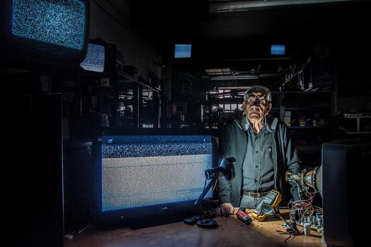 Braschi TV Color: El documental sobre un reparador de televisores de 96 años para ver en CineAr