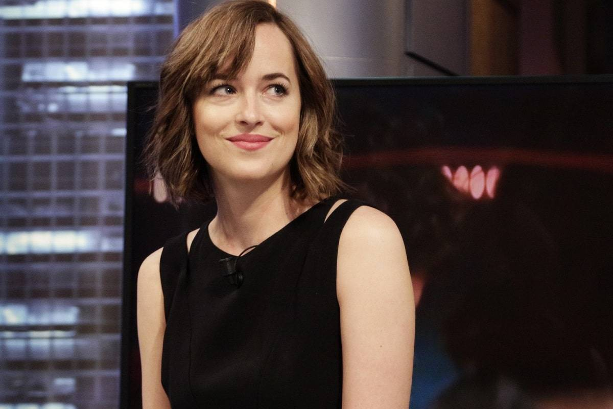 Netflix adapta Persuasión de Jane Austen con Dakota Johnson de protagonista