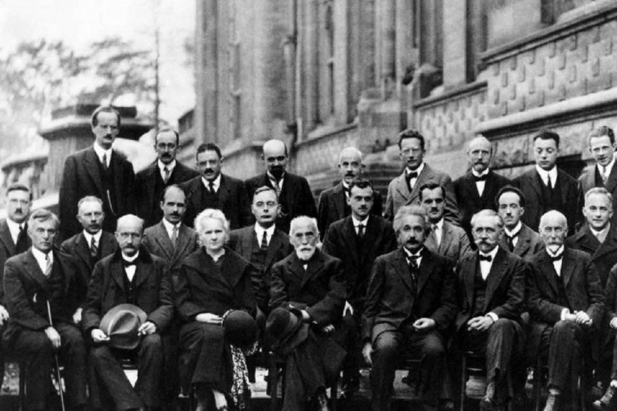 Marie Curie y la historia detrás de la foto más famosa de la ciencia