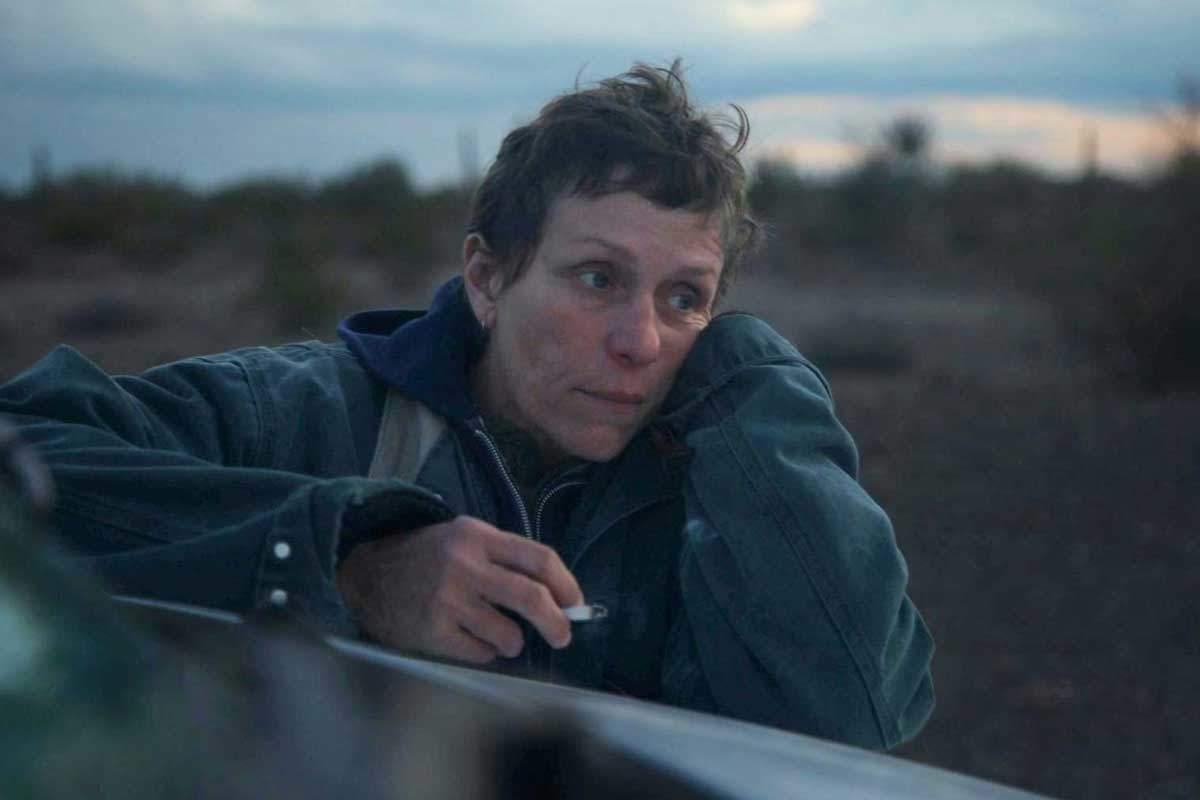 Crítica de Nomadland: Frances McDormand vive la incertidumbre de no tener  nada en una de las grandes películas del año