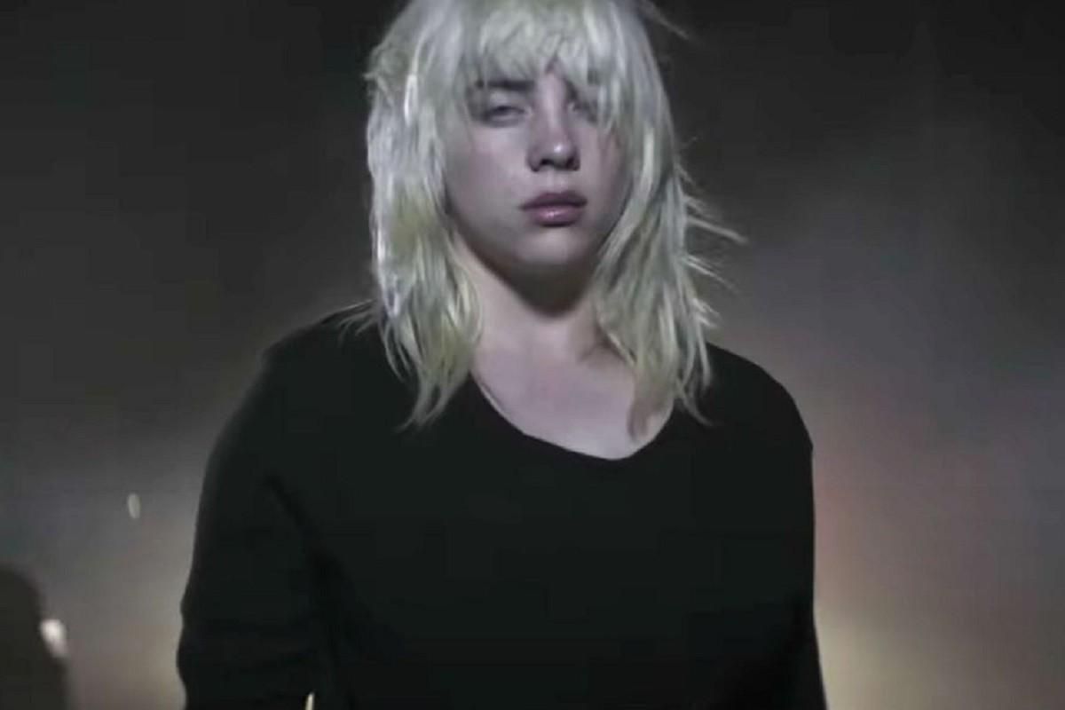 """Billie Eilish en el nuevo video de """"NDA"""""""