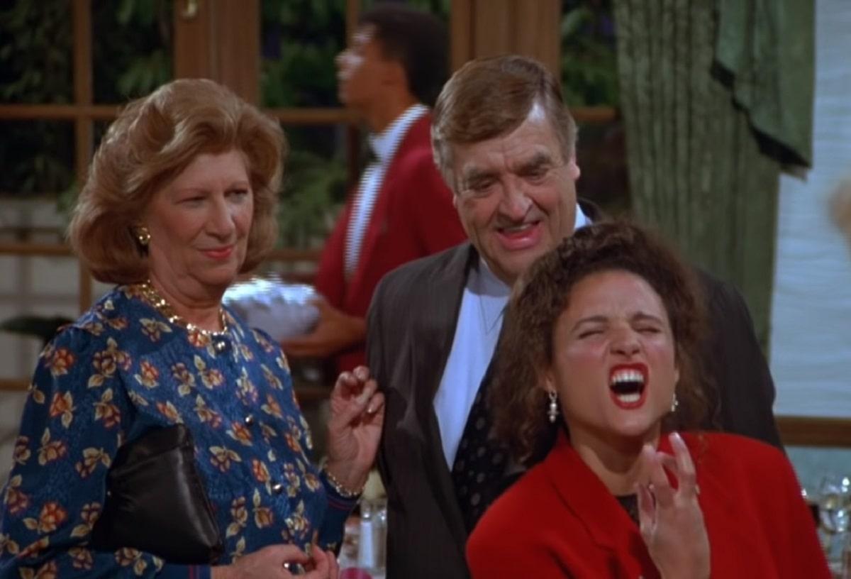 """Elaine grita """"Stella"""" en el episodio """"The Pen""""."""
